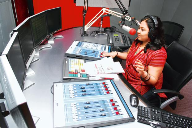 Want To Join The Radio Industry? Consider These Career Paths!