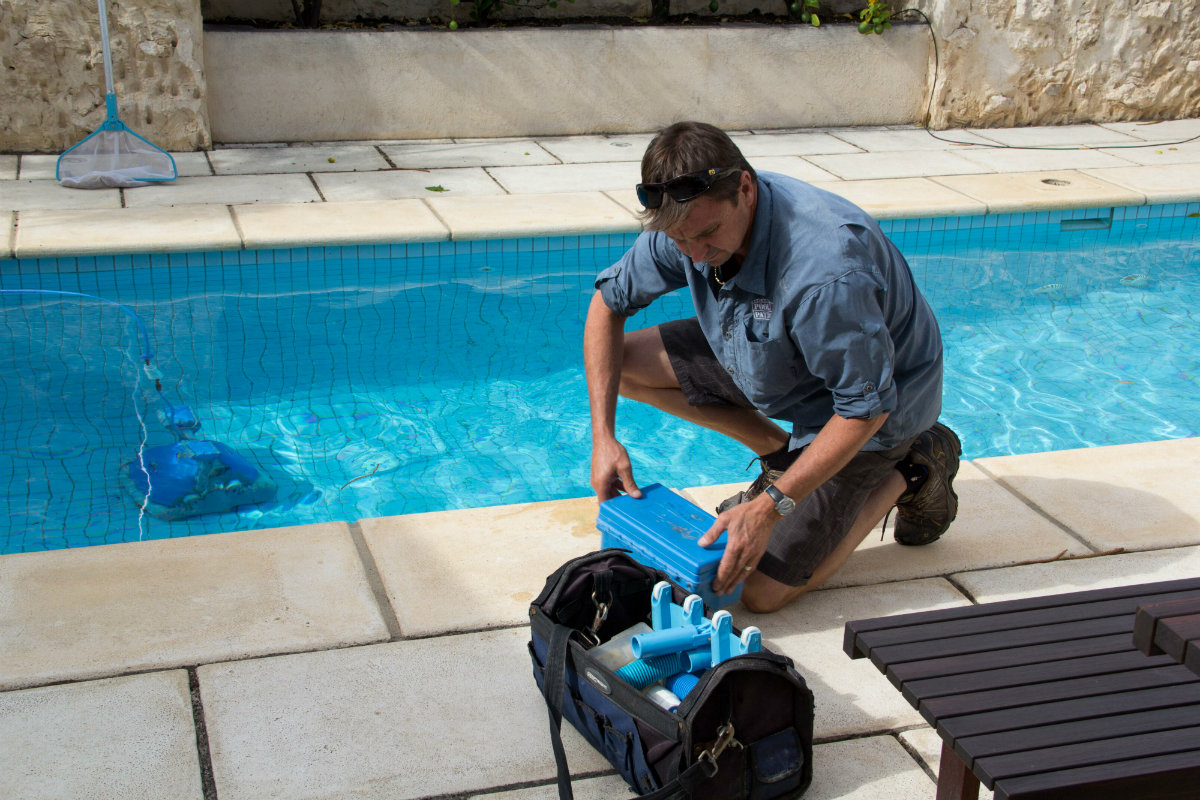 5 Tips for Growing Your Pool Service Business